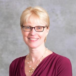 Kate Van Auken headshot